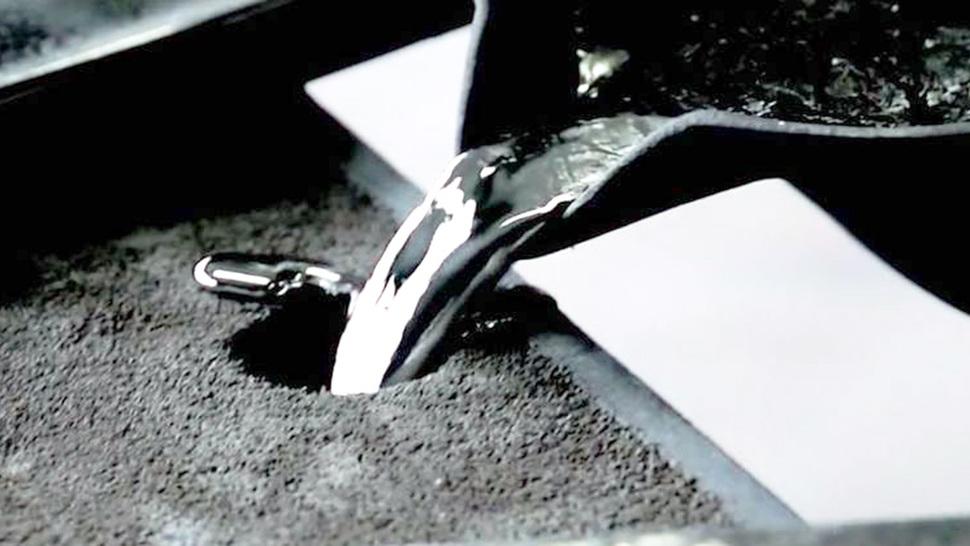 風鈴 Rin シルバー 製造シーン