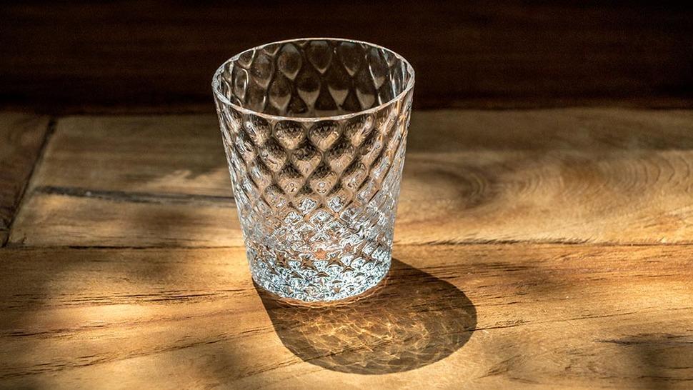 デザイン性のあるガラスグラス