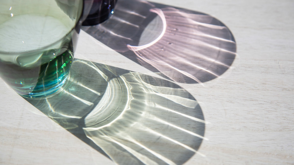 close-up-shadow-of-two-rock-glasses