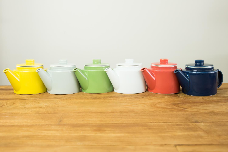 シーンで選べる6色のカラーバリエーション