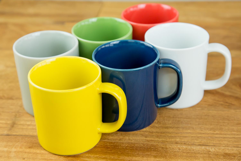 上品な紅茶やハーブティーにはホワイトを