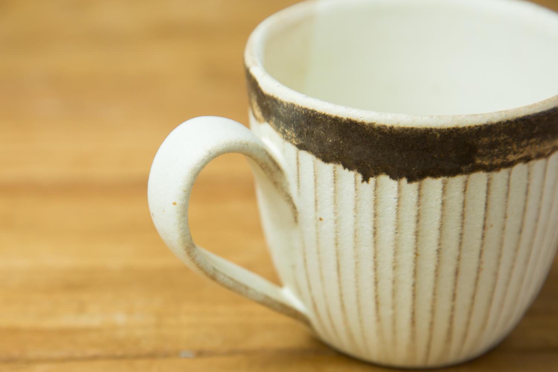 毎日の大切な時間に添える益子焼のマグカップ