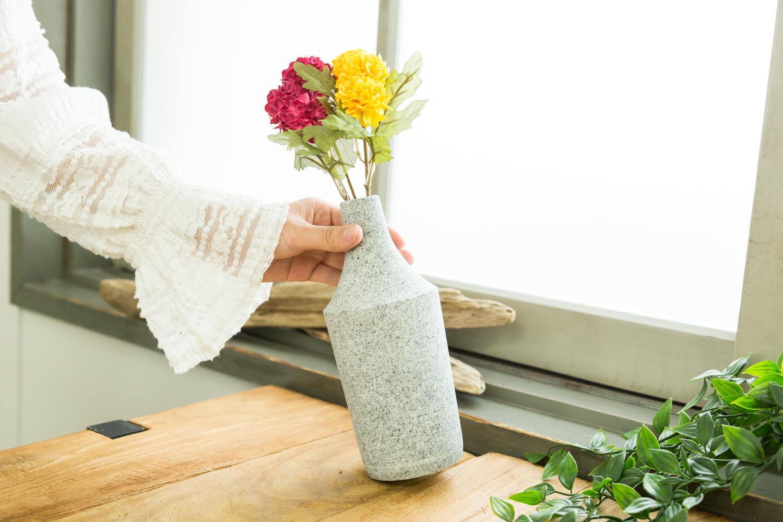 一輪挿しなど選ばれた花を飾るのにぴったり