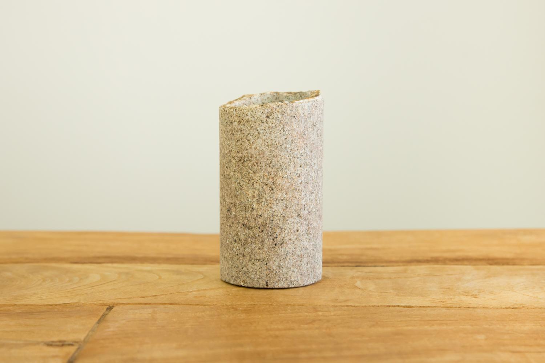キッチンツールをおしゃれに収納する石素材の入れ物「TSUTSU」