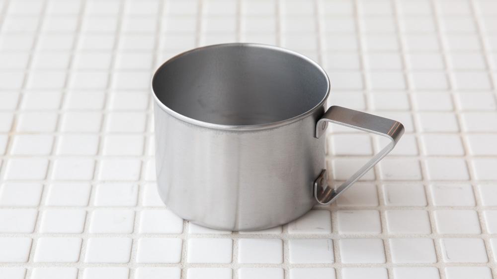 機能性の高いステンレス製のマグカップ
