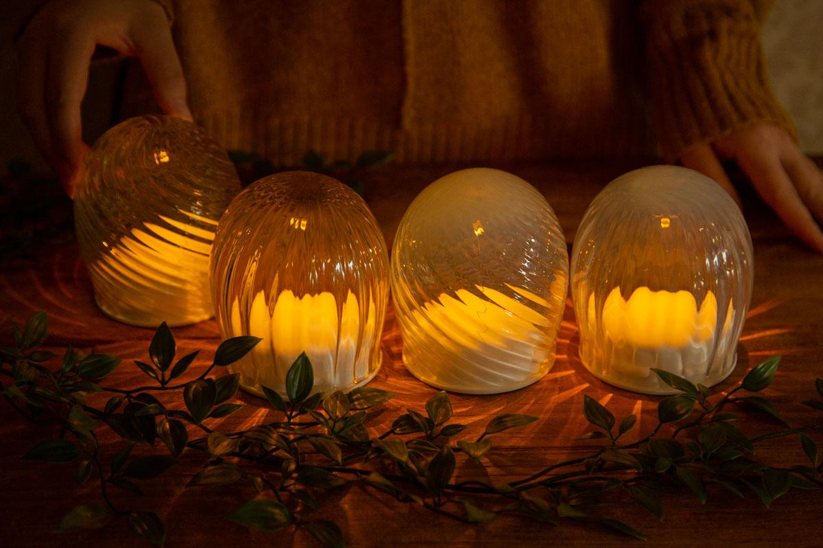 空間を優しく包むガラスのライト スガハラアローム