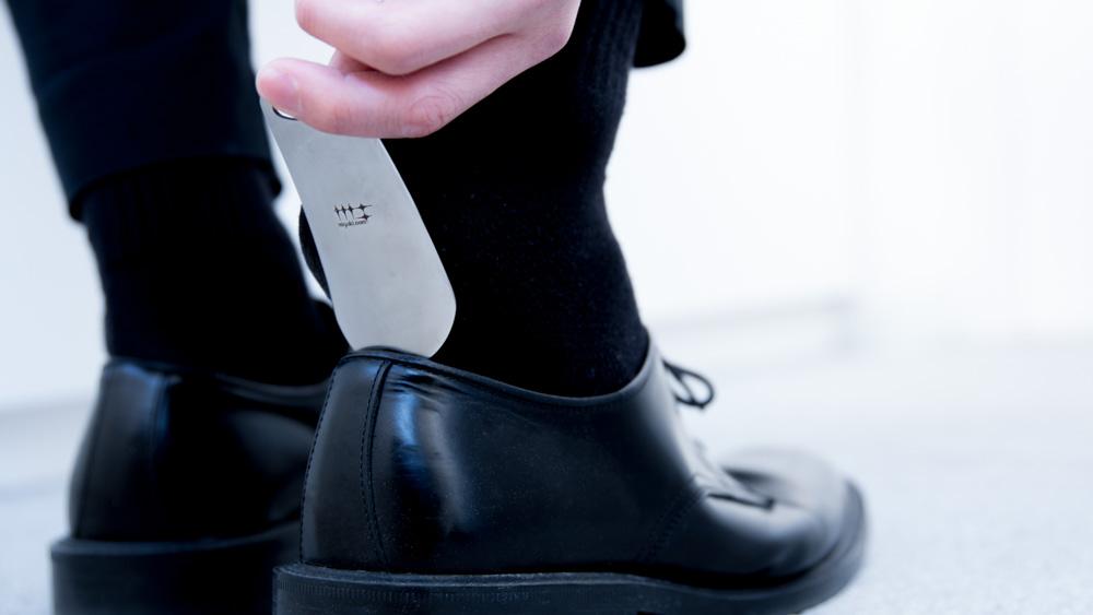 磨き屋シンジケート 靴ベラ