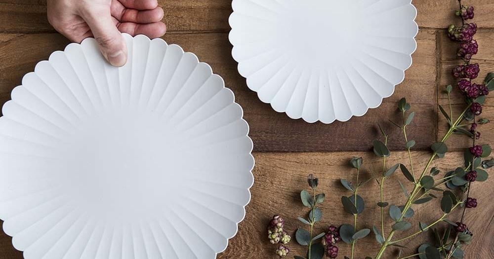 """【Staff-Picks】""""白""""アイテムで統一感を出すと、清潔感のある食卓をつくれる。"""