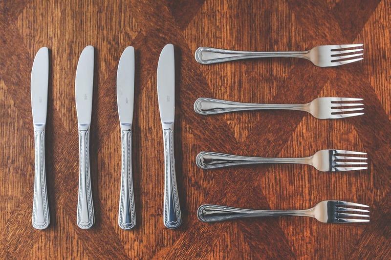 フォークやナイフ