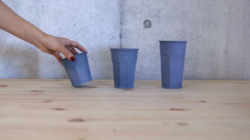 大きさの異なるソークカップシリーズ